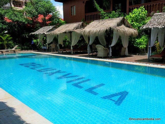 Delux Villa Battambang pool