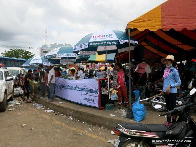 Poipet Cambodian refugees SIM cards