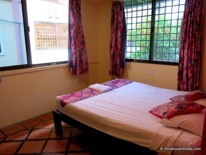 New Sea View Villa Sihanoukville double fan room