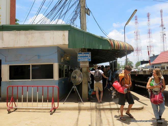 Poipet Cambodia border crossing scams