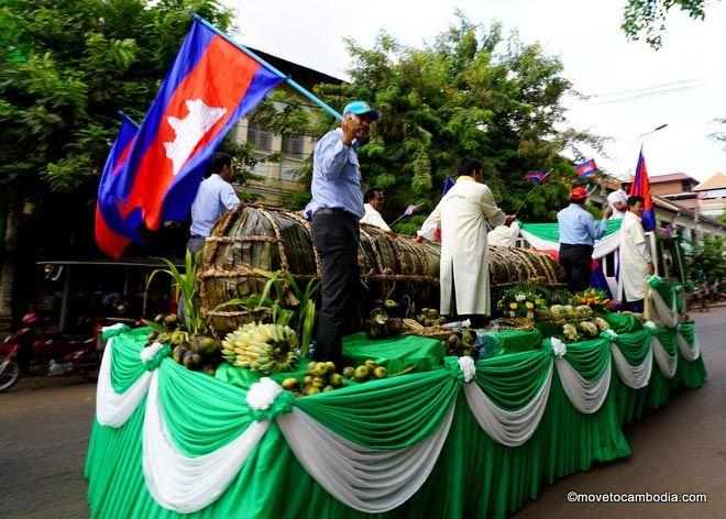 World's biggest rice cake Cambodia