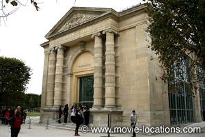 Midnight In Paris location: Musee de l'Orangerie, Place de la Concorde, Paris