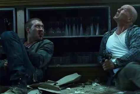 Jai Courtney en Bruce Willis in A Good Day To Die Hard