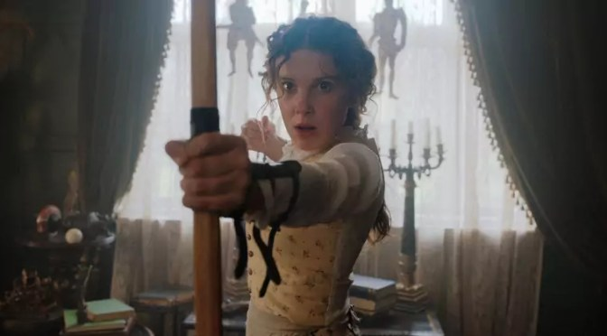 Dit is Millie Bobby Brown als Enola Holmes, de dochter van Sherlock Holmes