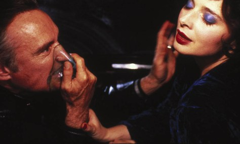 https://i2.wp.com/www.moviescramble.co.uk/wp-content/uploads/2016/11/Blue-Velvet-featured.jpg?w=474