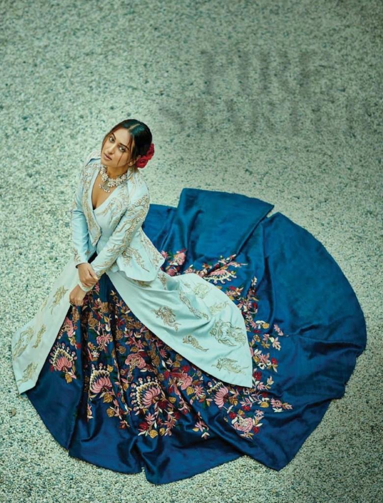 Sonakshi Sinha Femina Magazine Photoshoot December 2016 Issue Image 3