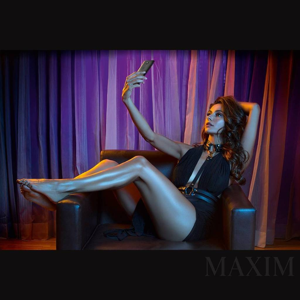 Shibani Dandekar Photoshoot for Maxim India Magazine April 2017 Image 3