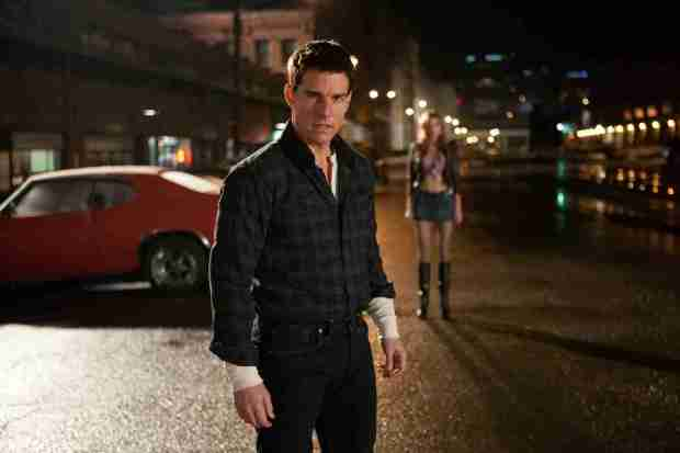 Tom-Cruise-as-Jack-Reacher