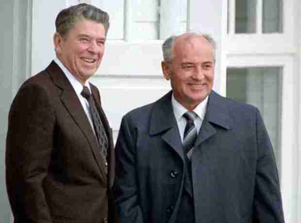 Gorbachev-and-Reagan-douglas-waltz