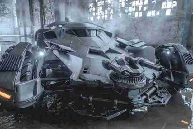 batmobile-batman-vs-superman-1