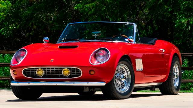1 1530806026066 Ferris Bueller Sports Cars Up For Auction!