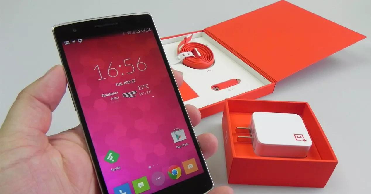 OnePlus One en caja