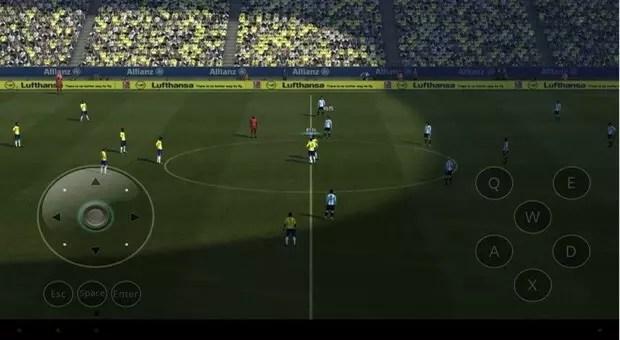 Gamepad virtual en pantalla de PES