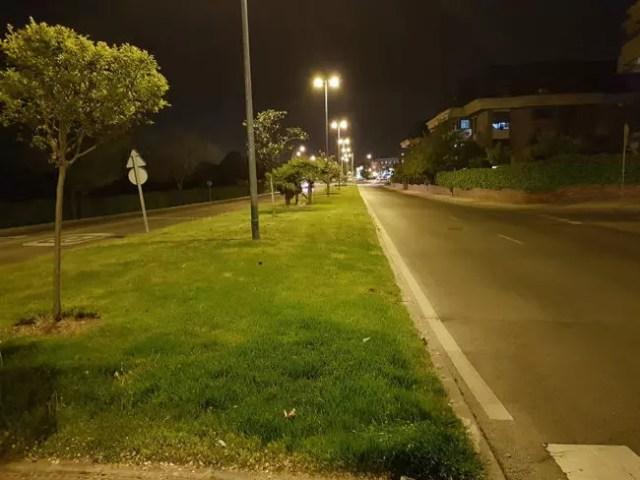Carretera por la noche