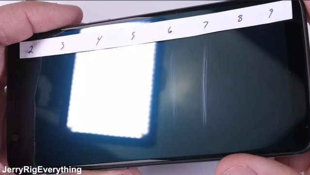 Resistencia a los arañazos de la pantalla del OnePlus℗ 5T