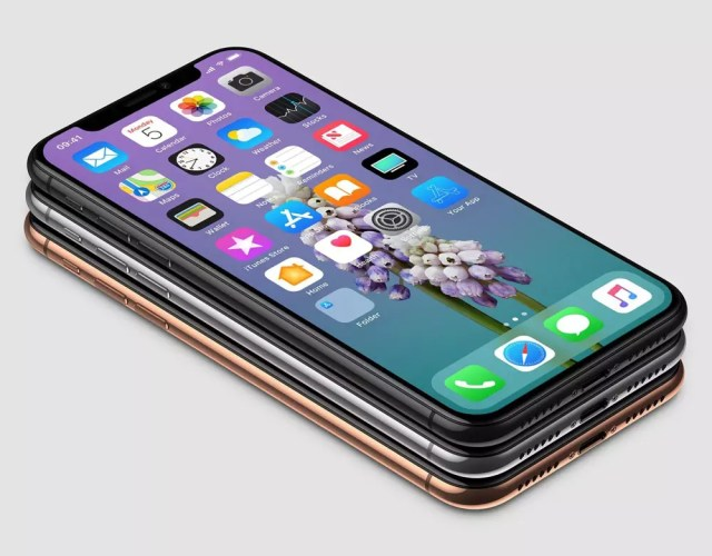 iPhone X con conector Lightning