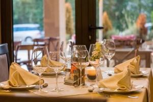 Restaurant wine glasses