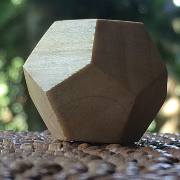 dodecaedro de madera