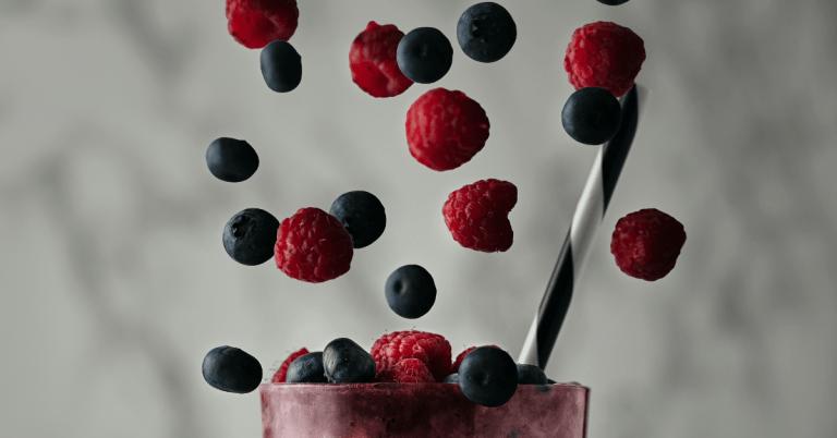 Blueberry & Raspberry CBD Smoothie
