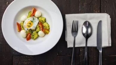 Photo of Les 8 meilleures applications iPhone et Android pour vous aider à manger plus sainement
