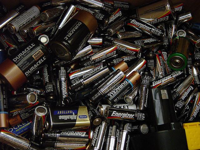 Stapel Batterien