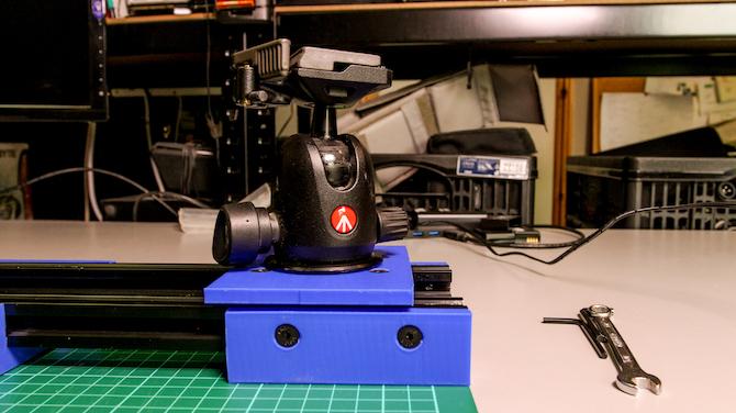 curseur de caméra bricolage installé rotule