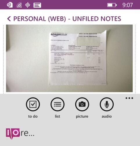 Capture d'écran d'un exemple de suivi financier dans l'application mobile OneNote