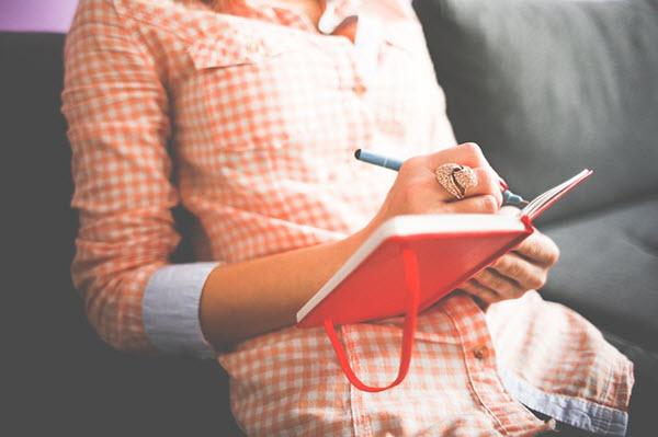 écrire sur un journal