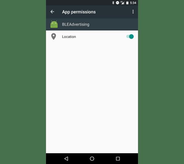 Écran des autorisations de l'application Android affichant l'autorisation de localisation accordée