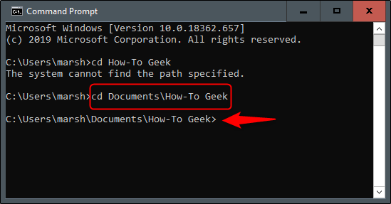 "La commande ""cd Documents  How-To Geek"" dans l"