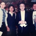 Alumno Carlos Gallegos junto a la  Orquesta Sinfónica Nacional