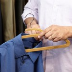 Mozu Hanger in shirt collar