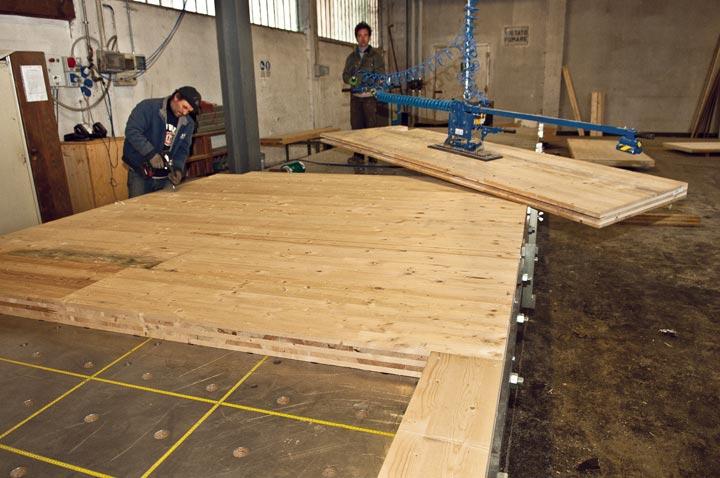 servizi pre assemblaggio pannelli legno bbs - mozzone building system