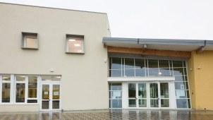 Scuola antisismica in legno x lam bbs Vigarano Mainarda Ferrara 11 ingresso