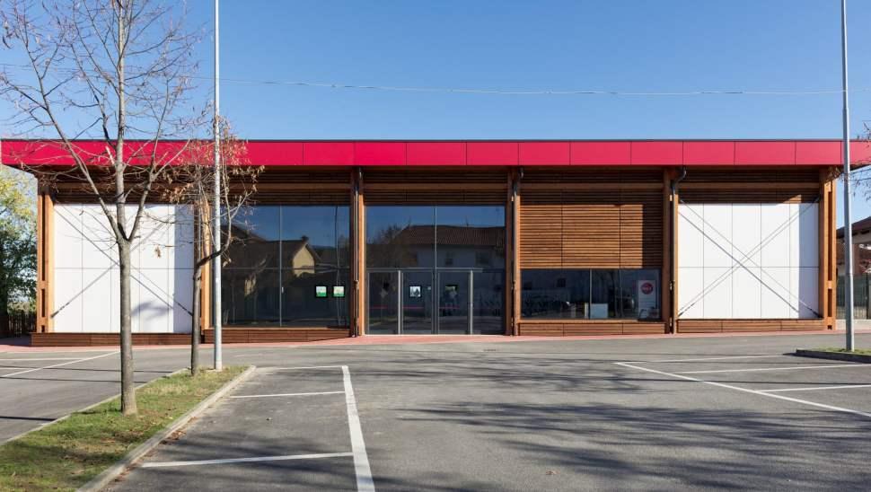 Capannone legno Salmour Cuneo - 10 esterno - Mozzone Building System