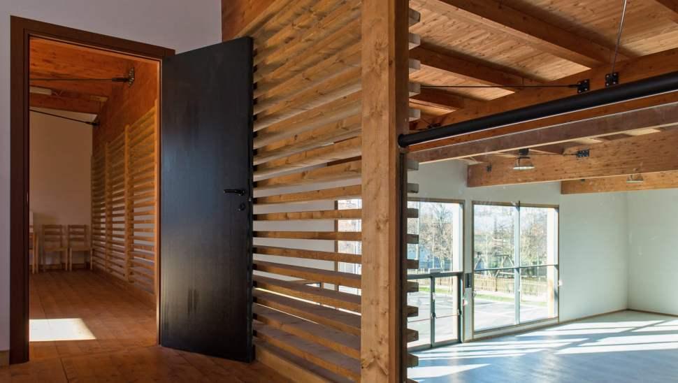 Capannone legno Salmour Cuneo - 13 interno - Mozzone Building System