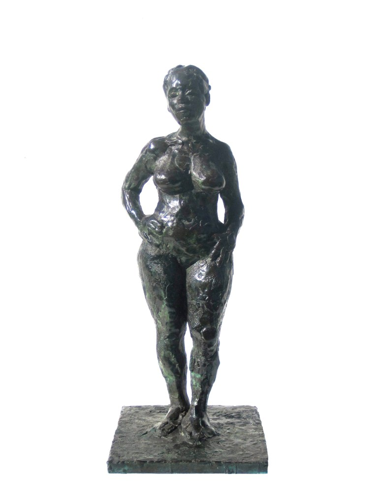 female black woman bronze sculpture by Award Winning Nicaragua Born Artist, Painter, and Sculptor Manuel Palacio Developed his Art in the Bermuda, and Resides in Washington DC.