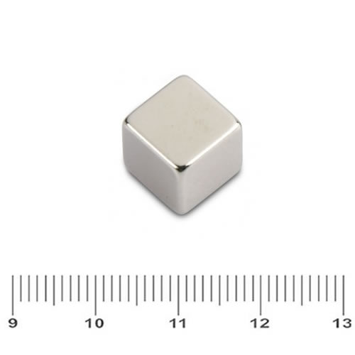 Cube Shape Magnet Neodymium N52 10mm