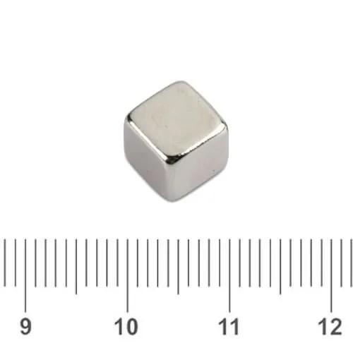 Rare Earth Neodymium Cubical Magnet N50 7mm