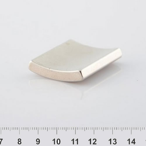 Arc Neodymium Magnet Nickel N30H