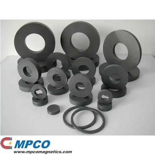 Custom Strontium Ferrite Magnet Rings