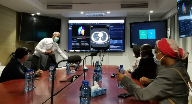 Dr Zweli Mkhize and Huawei Chief Executive Officer for South Africa, Spawn Fan were part of the participants at the AI diagnostic and thermal scanning systems
