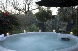 sonora-hot-tub_6096376693_o