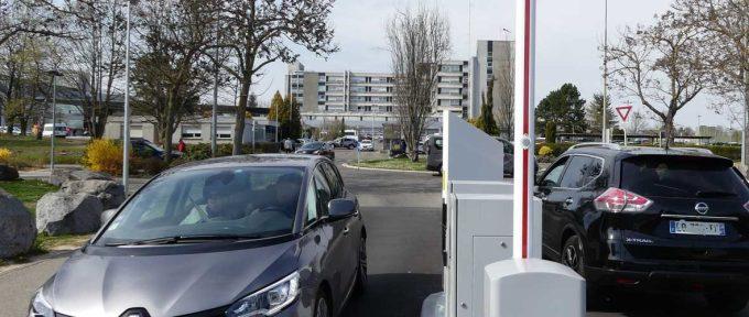 Hôpital Emile Muller: le parking payant pour les visiteurs, au-delà de la première heure