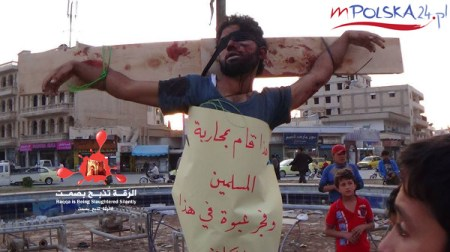 isis-crucified-people-in-syria-yesterday