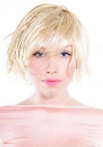 modelowanie krótkich włosów