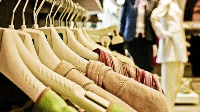jak-wybrac-kolor-ubran