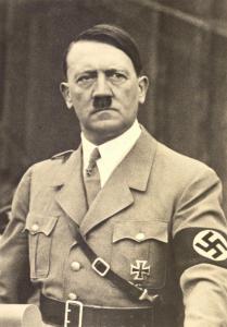 एडॉल्फ हिटलर, जर्मन हुकुमशहा.