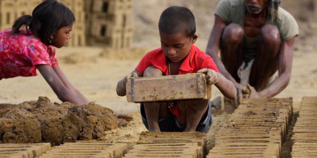 बालमजुरी विरुद्ध जागतिक दिवस