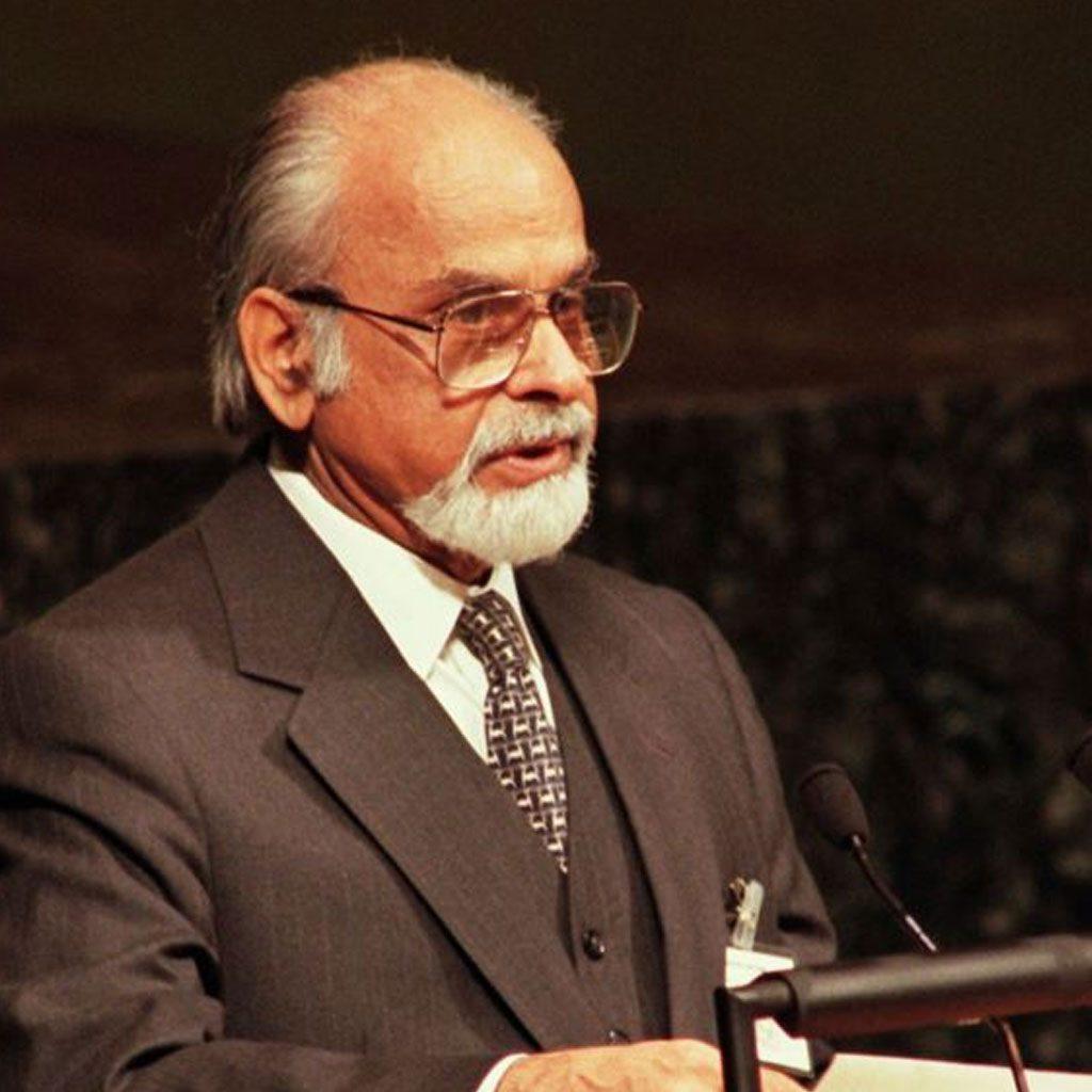 इंदर कुमार गुजराल – भारताचे १२ वे पंतप्रधान